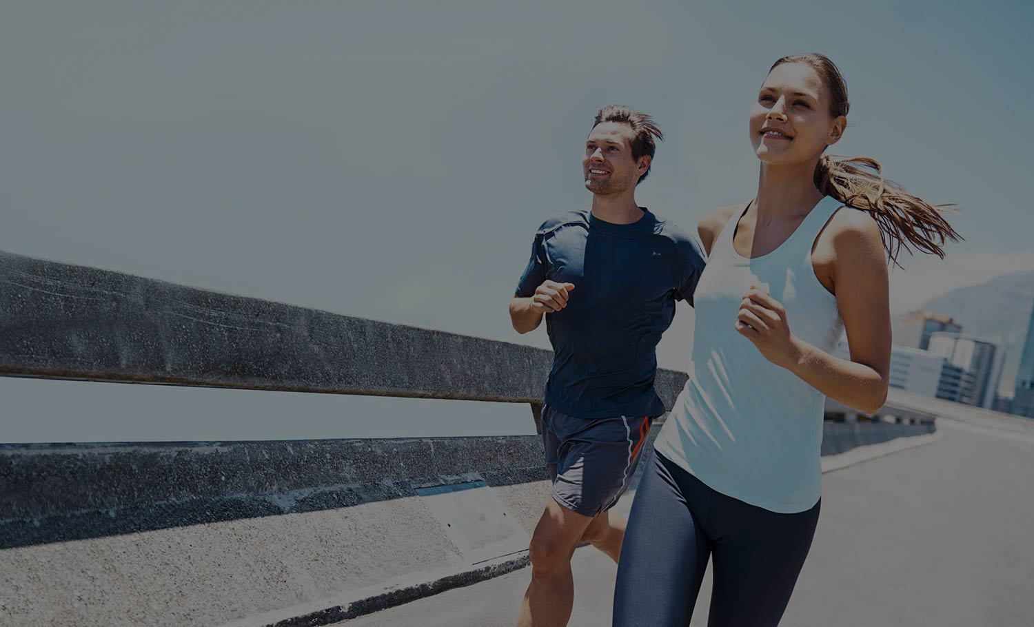 couple runing | Burnaby, New Westminster | Sports Therapy & Chiropractic Clinic