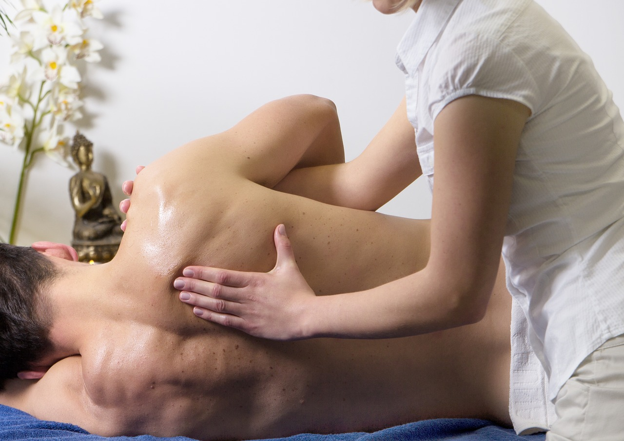 massage therapy   Burnaby and New Westminster   Pacific Health Sports Therapy