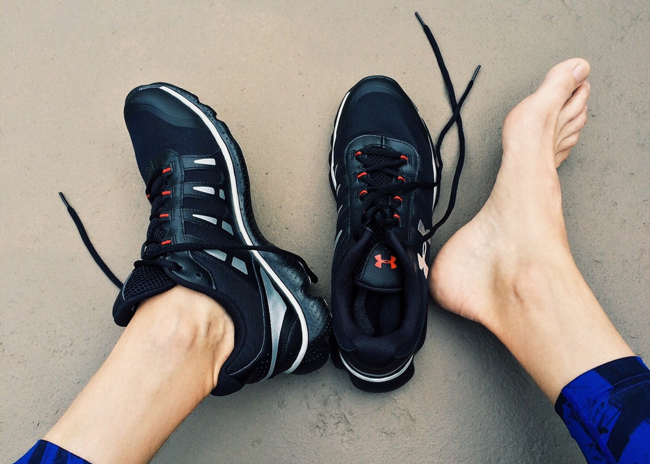 custom orthotic sneakers for running   Pacific Health Sports Therapy clinic